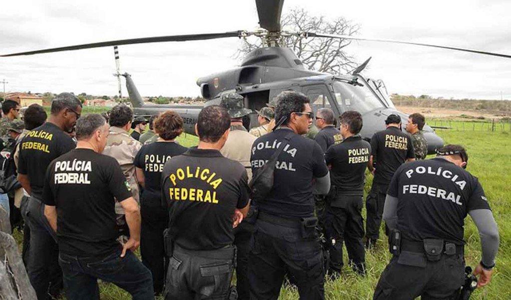 Delegados da PF lançam manifesto contra Dilma