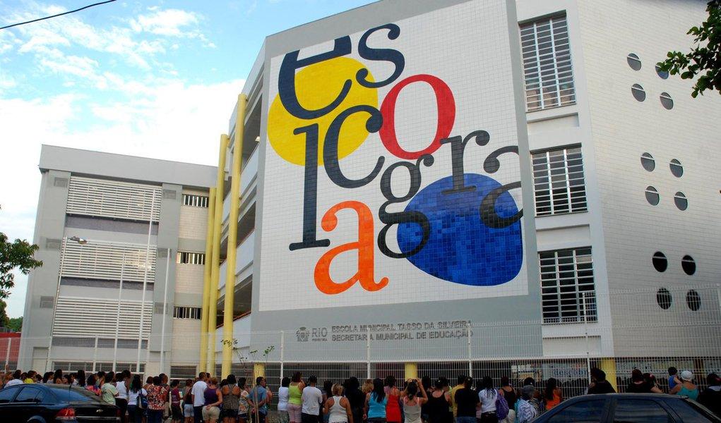 Escola de Realengo se reinventa na volta às aulas