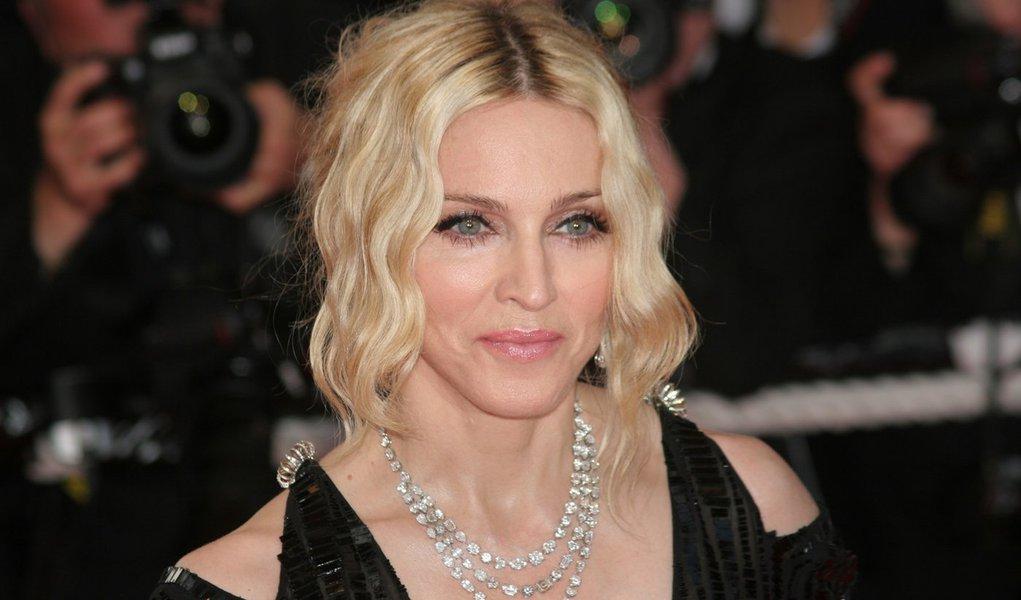 Madonna anuncia três shows no Brasil