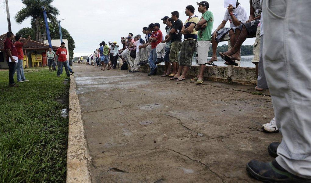 Trabalhadores de Belo Monte planejam volta, mas pedem proposta