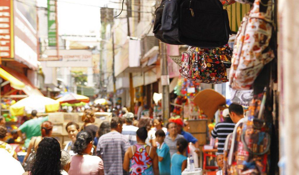 Comércio do Recife passa a funcionar aos domingos