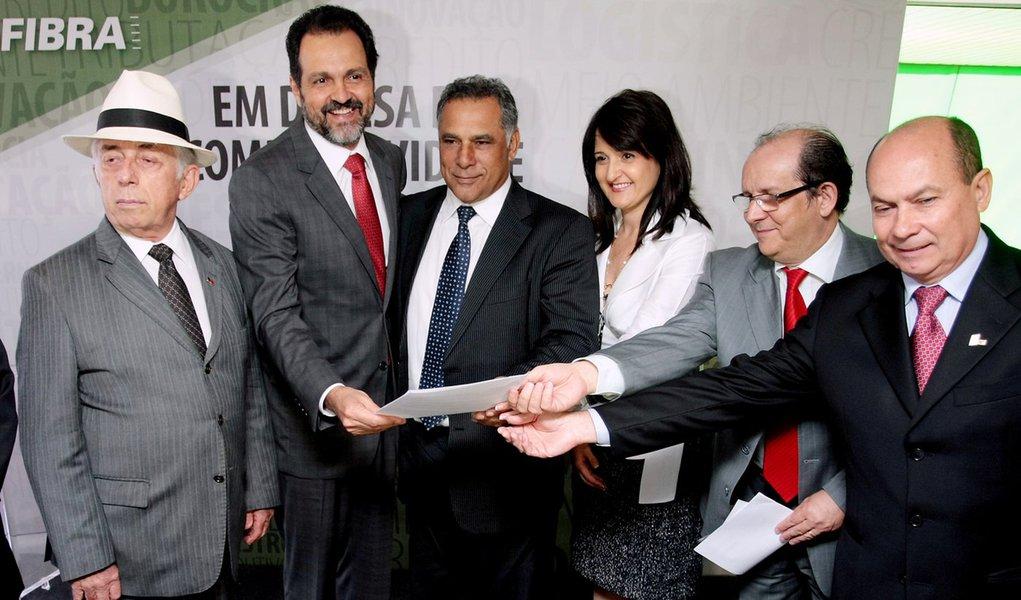 Industriais do Distrito Federal apoiam Agnelo