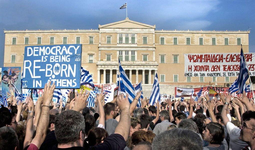 Grécia pode ser forçada a convocar novas eleições