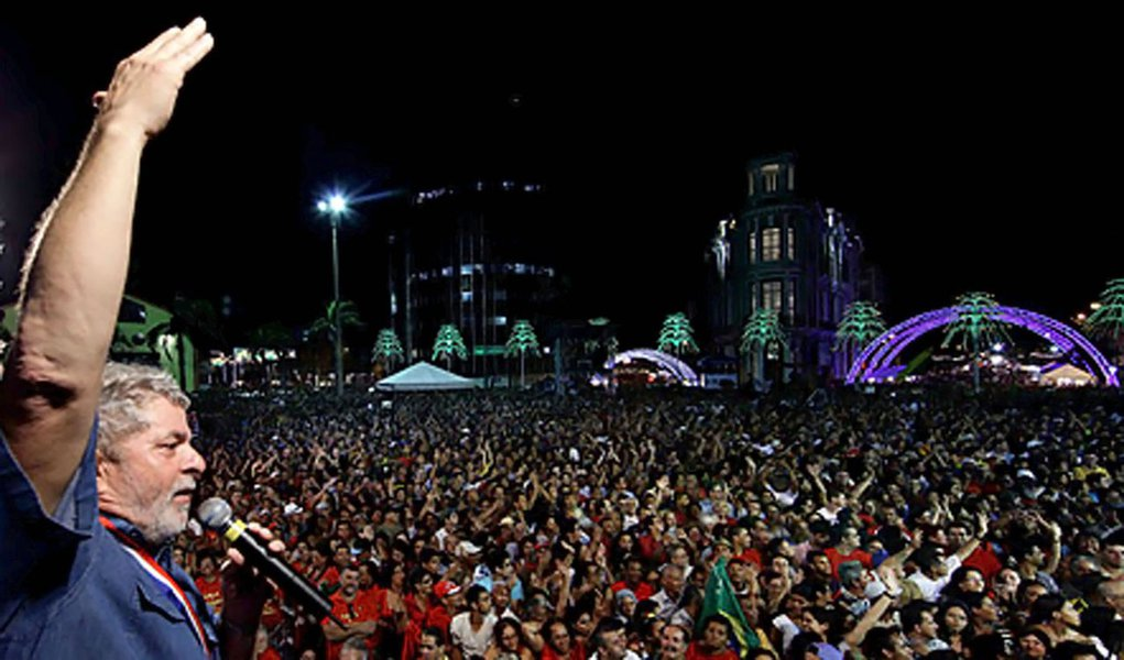 Governistas temem volta de Lula aos palanques