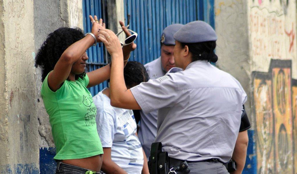 "MP acusa Alckmin de ser ""chicote do pobre"""