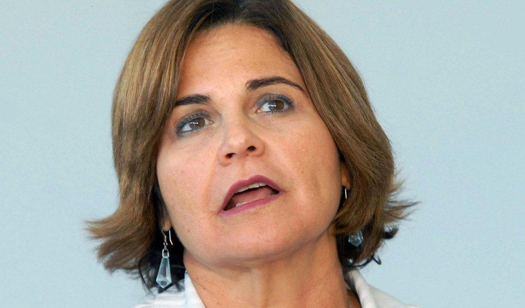 Ana Júlia é acusada de dar sumiço em R$ 77 milhões