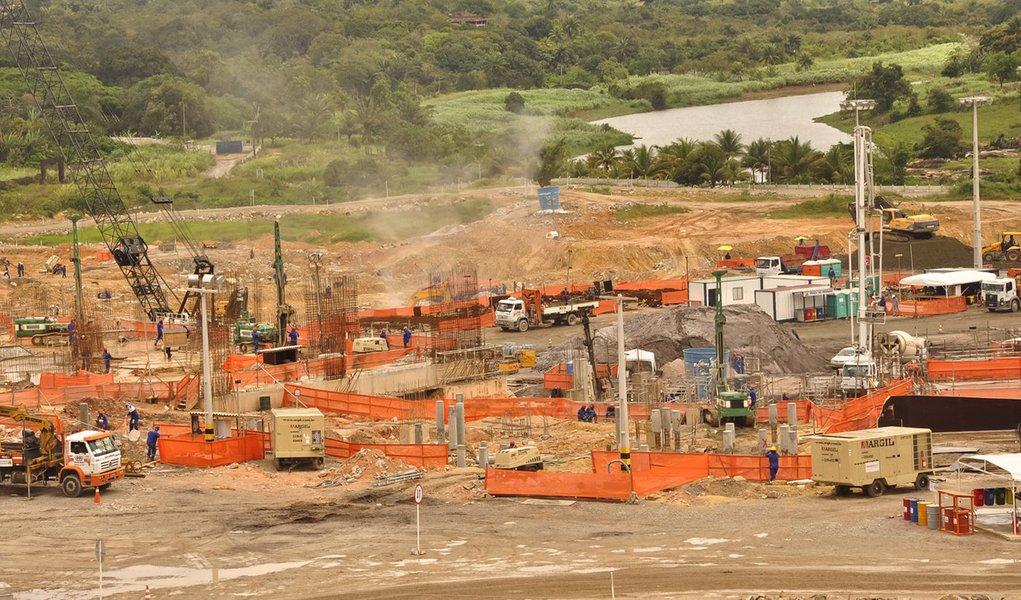 Odebrecht promete entregar Arena Pernambuco em 2012