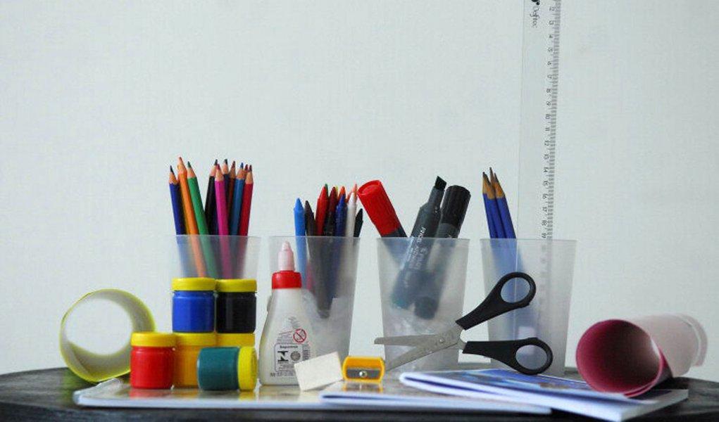 Variação de preços de itens escolares chega a 258%