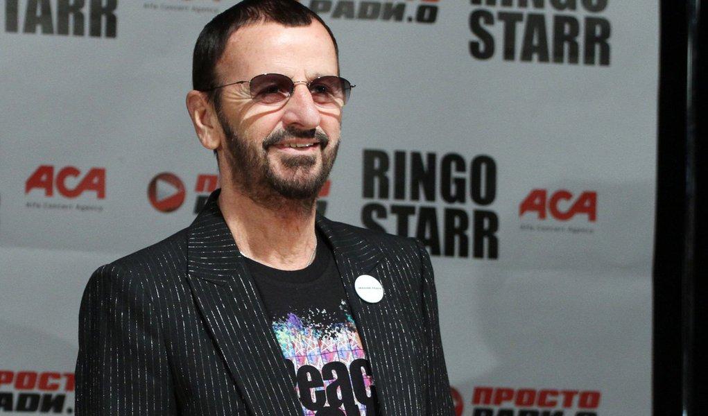 Nova música de Ringo Starr vaza na web