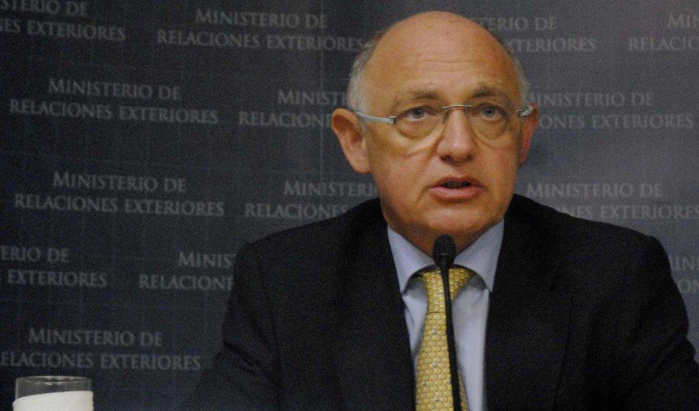 Argentina diz que Londres enviou armas nucleares às Malvinas