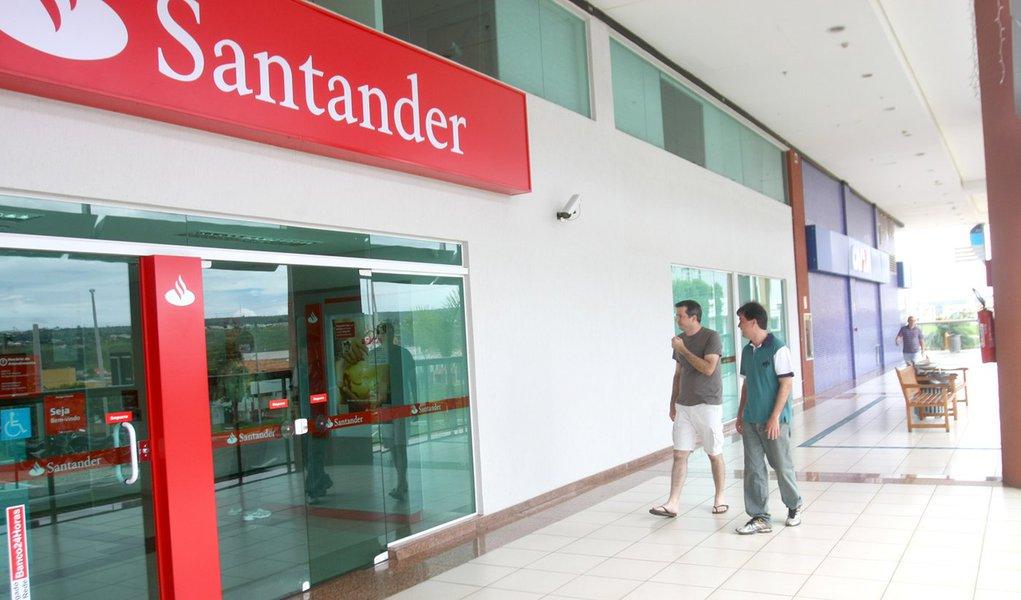 Qatar Holding vende participação no Santander Brasil por R$ 2,3 bi