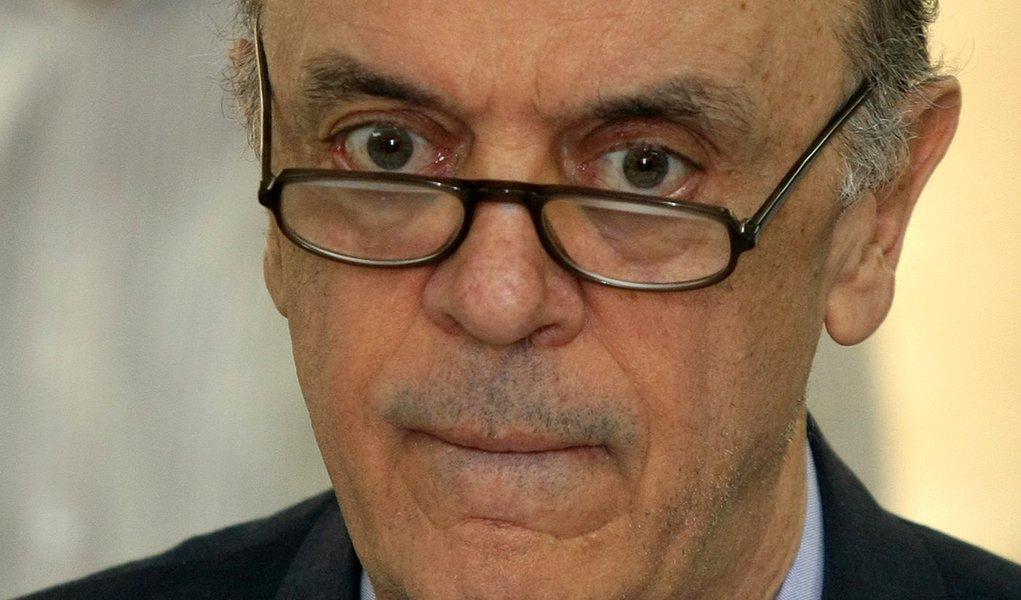 Indefinição de José Serra fragmenta tucanos