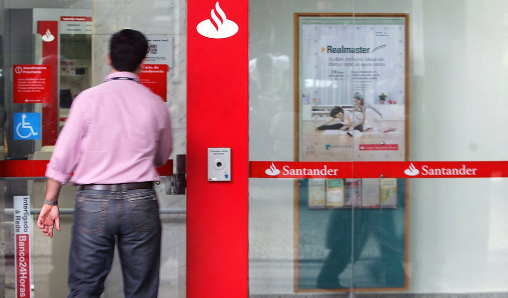 Santander é líder no ranking de reclamações do Banco Central