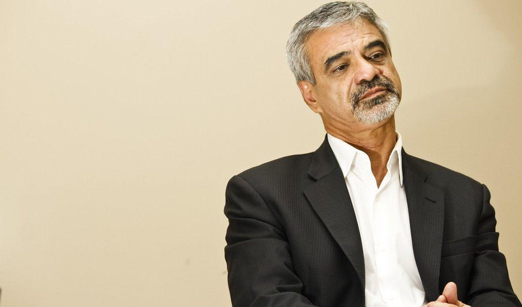Humberto Costa é eleito o senador mais transparente