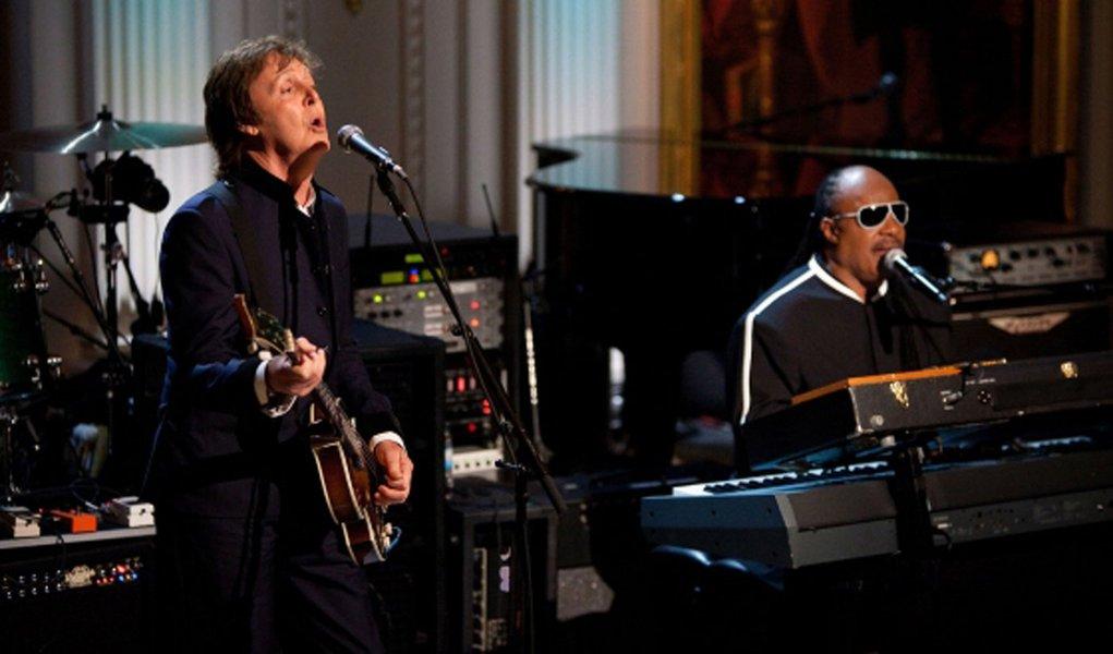 Música de Paul McCartney e Stevie Wonder vaza na web