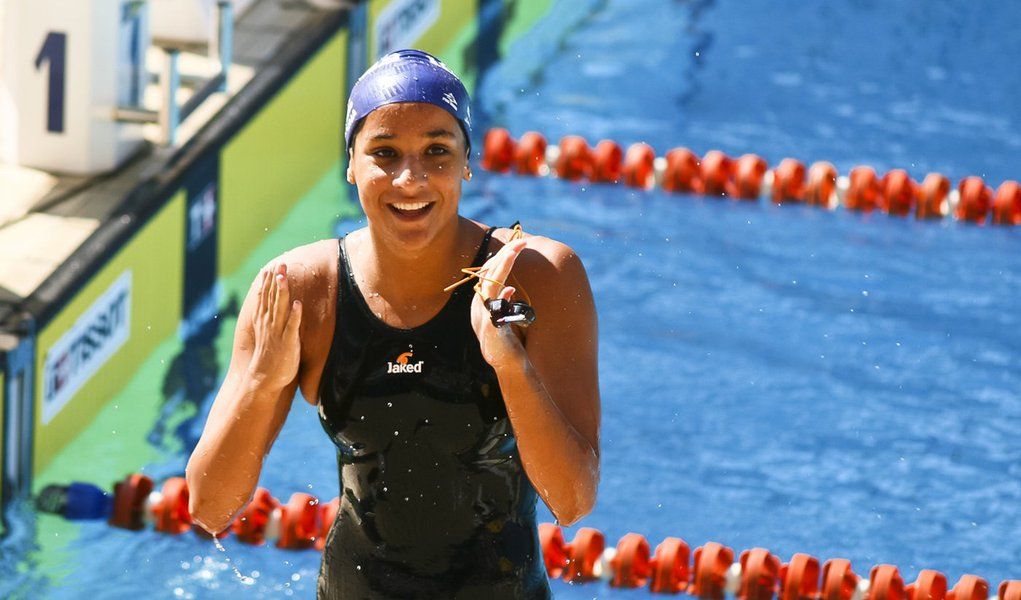 Joanna Maranhão conquista três medalhas no GP de Missouri