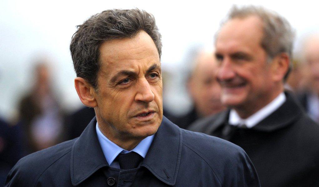 França tem recorde de expulsões de estrangeiros em 2011