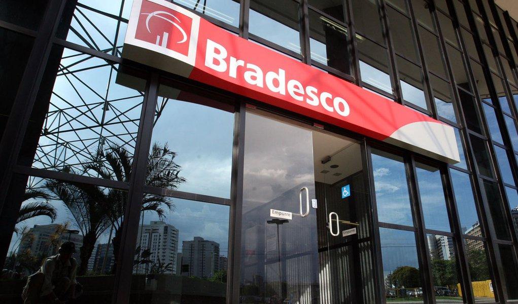 Bancos brasileiros lideraram processos de fusões em 2011