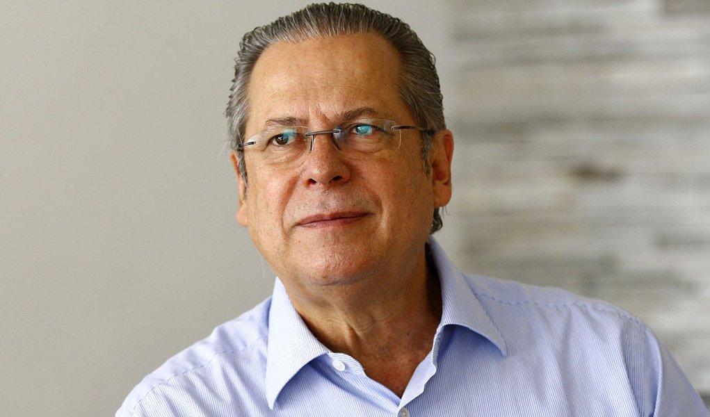 Dirceu manda recado ao PMDB: vão abrir mão da vice em 2014?