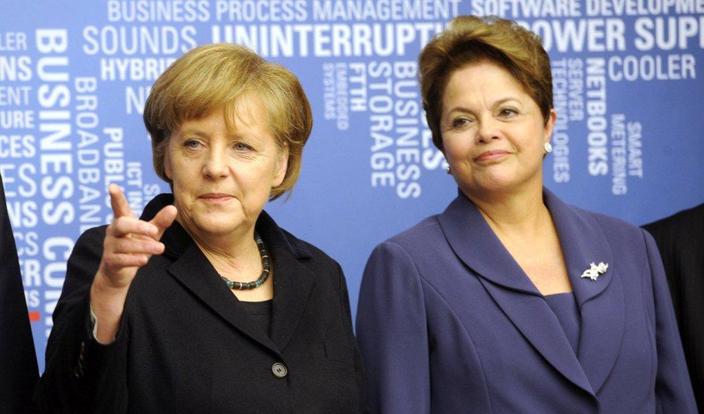 Na Alemanha, Dilma critica ações contra a crise