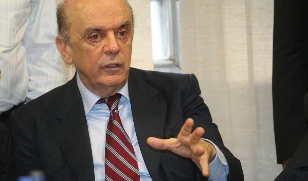 Serra diz que governo Dilma ainda não 'deslanchou'