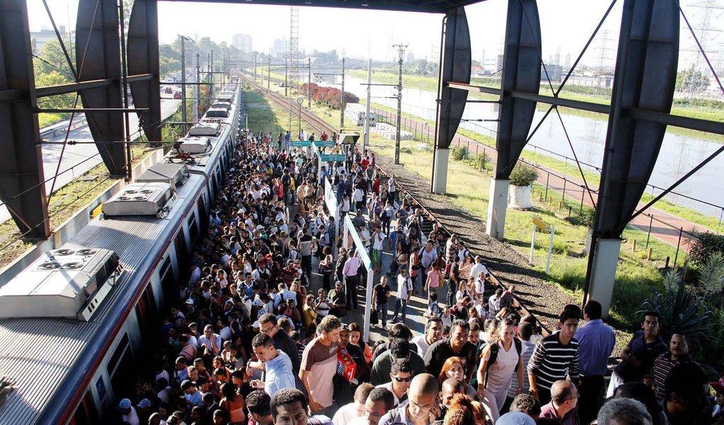 Problema na CPTM afeta também o Metrô nesta quarta-feira