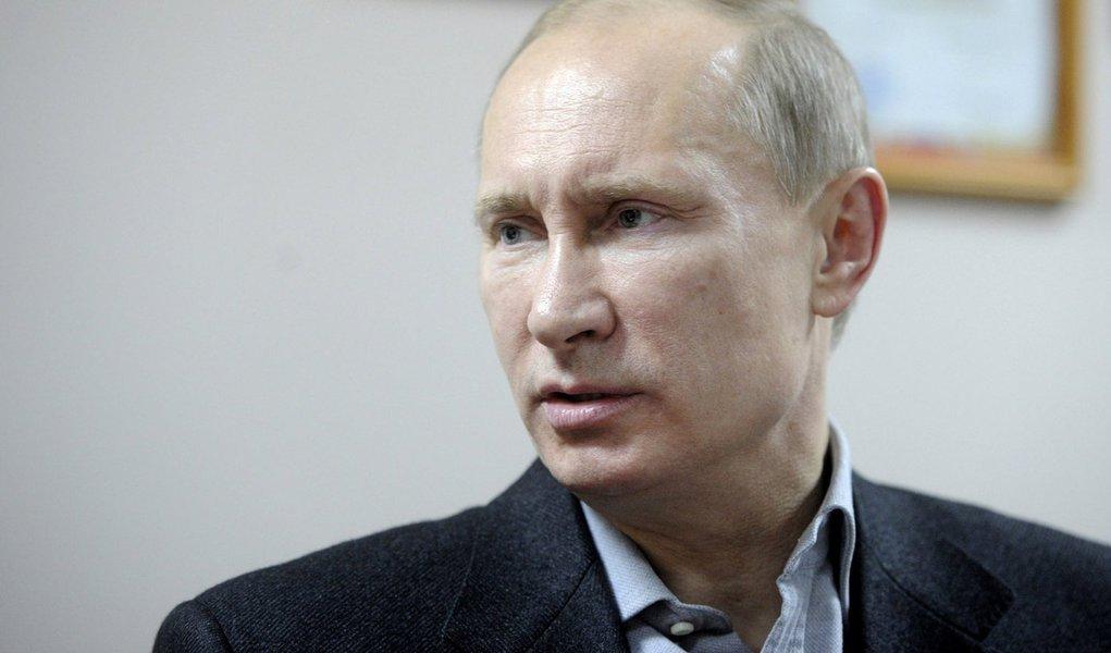 Para Putin, Síria e Irã têm costas quentes