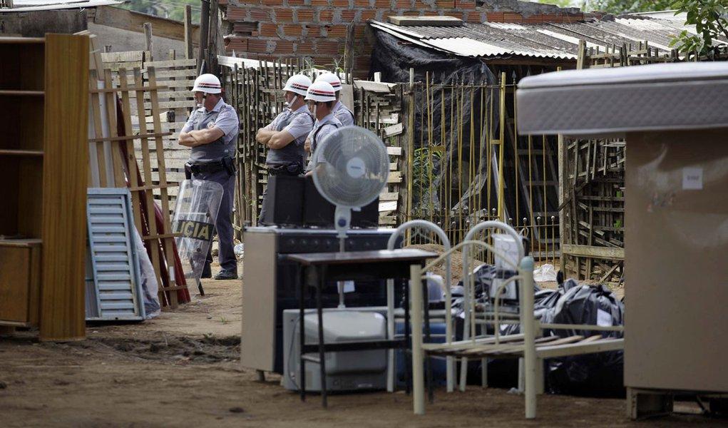 Suplicy relata abusos sexuais em Pinheirinho. Secretário refuta