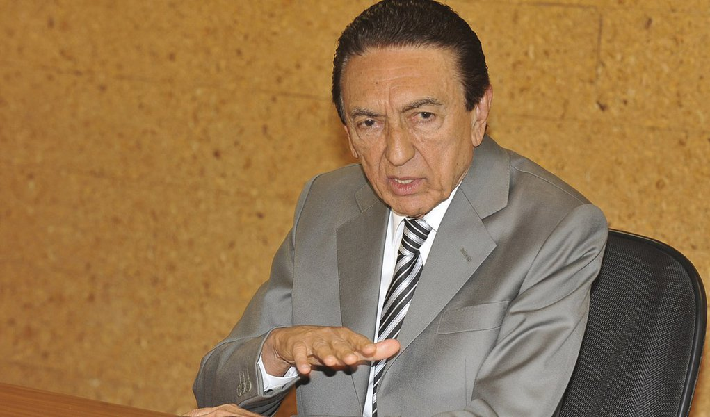 Critério técnico definirá novos diretores da Petrobras, diz Lobão