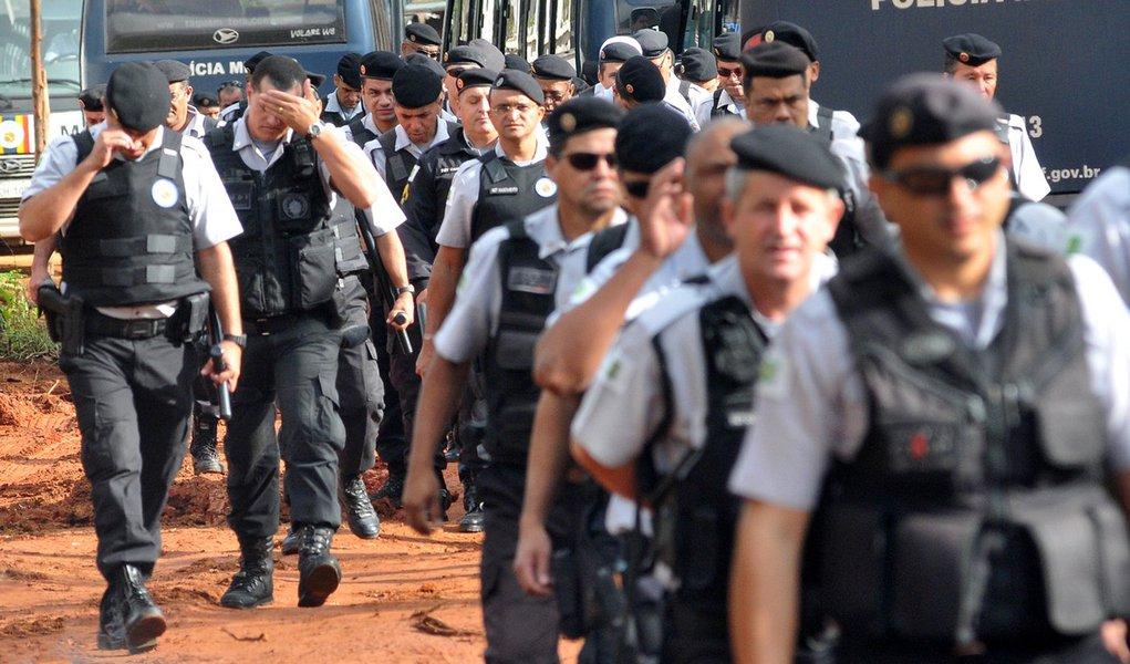 Oficiais de Brasília aderem ao indicativo de greve