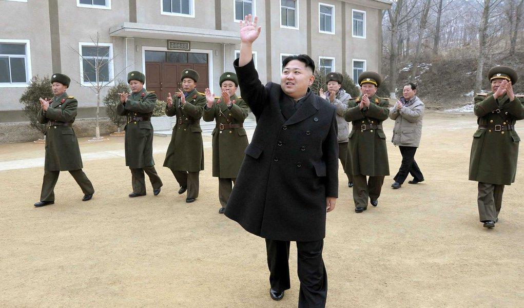 Coreia do Norte vai suspender atividades nucleares