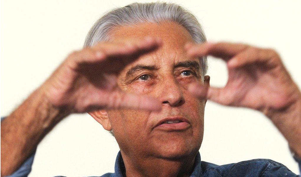 Ex-senador e governador, Roriz quer voltar em 2014