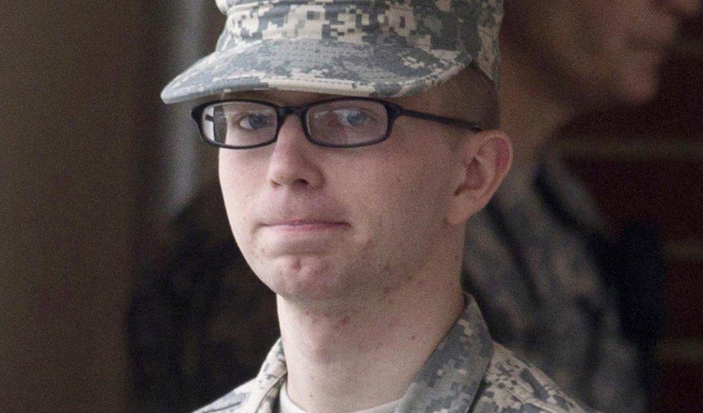 Soldado Manning é indiciado por vazar informações ao WikiLeaks
