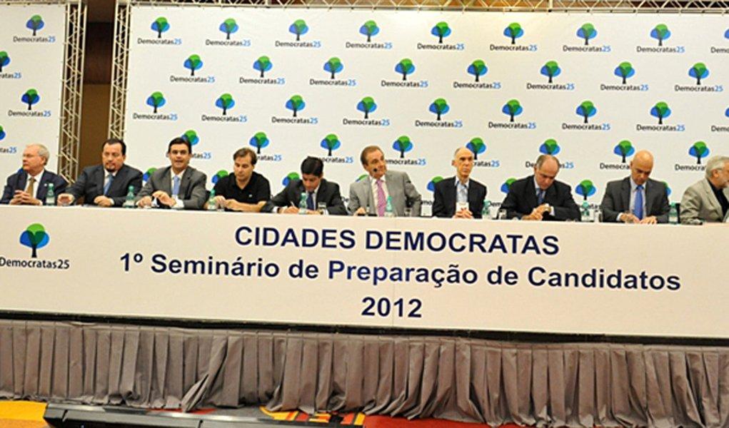 DEM critica PSD e acena com aliança ao PSDB em São Paulo