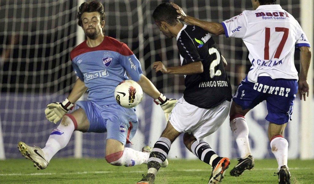 Vasco perde na estreia da Libertadores