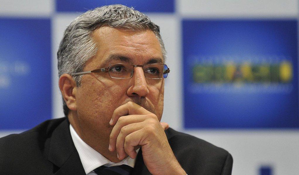 Escândalo do bicheiro chega ao Planalto