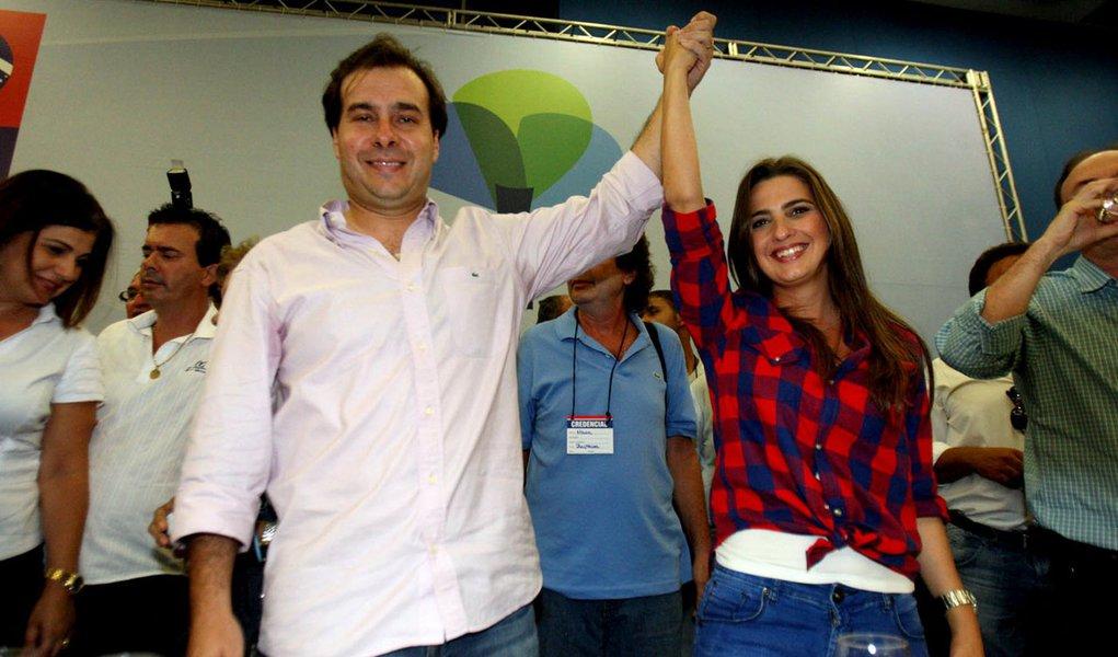 Clarissa Garotinho e Rodrigo Maia, o novo casal da política