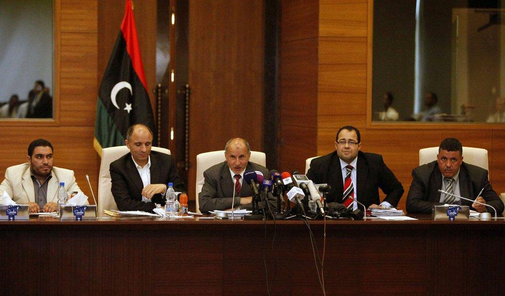 Na Líbia, elogios a Kadafi podem levar à prisão perpétua