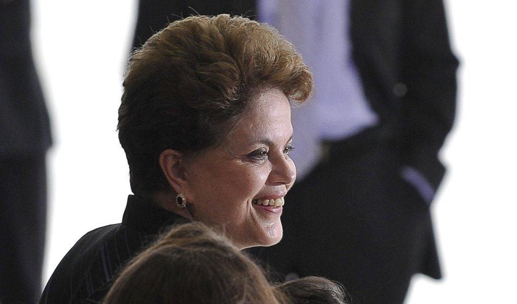Dilma passa por exames de rotina em São Paulo