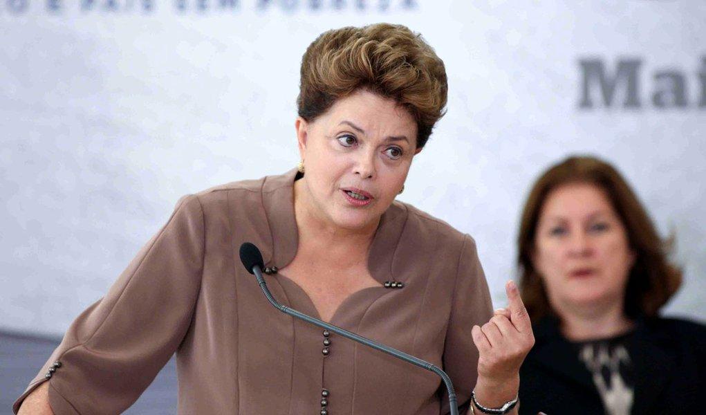 Dilma confirma que avalia mudança na poupança