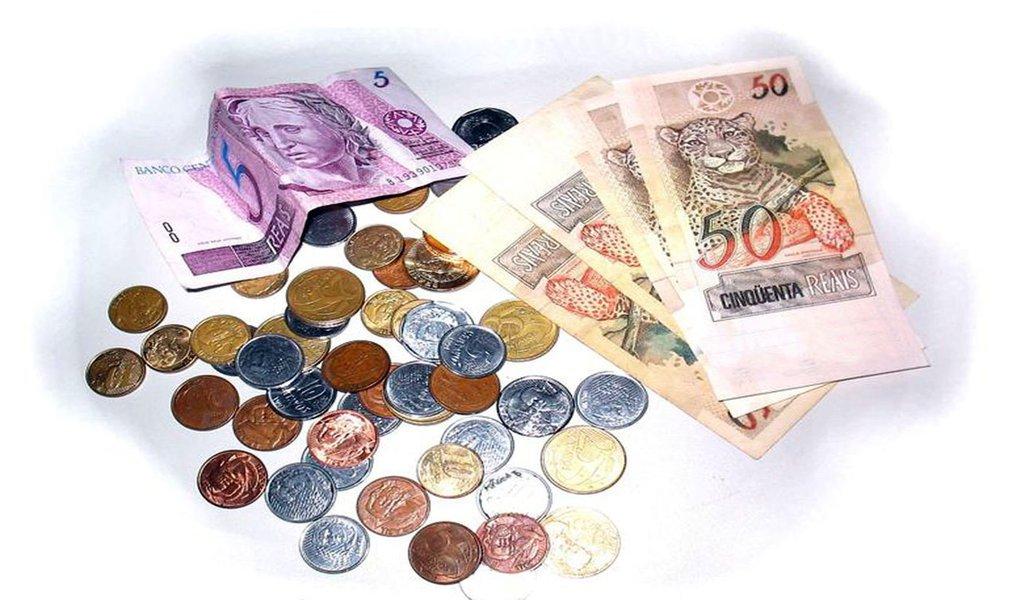 Analistas elevam estimativa de inflação em 2012 para 5,27%