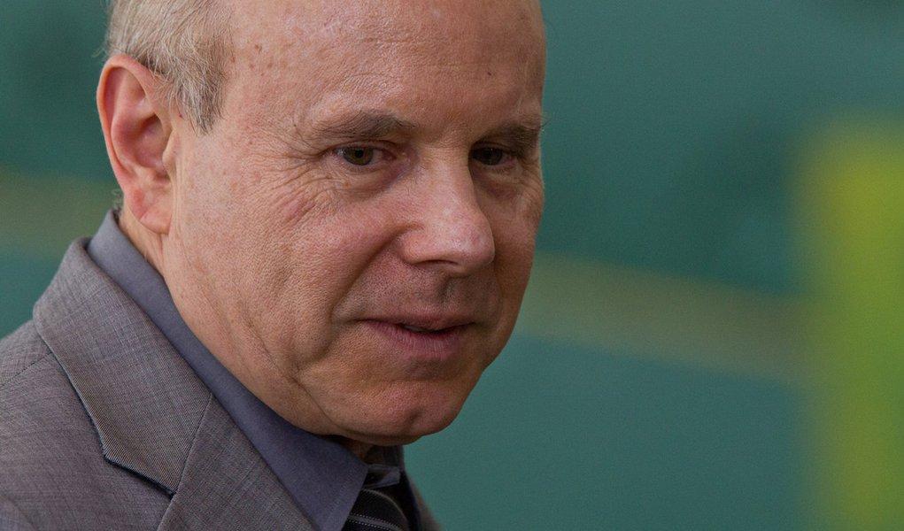 Contra blindagem, PPS quer Mantega no Plenário