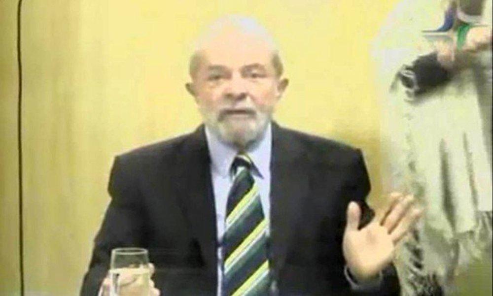 """Em depoimento ao juiz federal Marcelo Bretas como testemunha de defesa do ex-governador Sérgio Cabral no inquérito que apura a suspeita de compra de votos para que o Brasil sediasse os Jogos Olímpicos de 2016, o ex-presidente Lula negou a acusação e afirmou que o seu compromisso """"é com a verdade"""" e que está """"cansado de mentiras""""; """"No Brasil, não tem nenhum brasileiro que quer mais a verdade do que eu"""", destacou Lula"""
