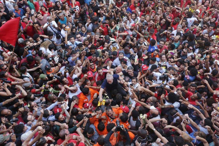 São Bernardo do Campo SP 07 04 2018 O ex presidente Luiz Inacio Lula da Silva depois da missa no braço do povojanela do sindicato dos Metalurgicos do ABC Foto Paulo Pinto Fotos Publicas