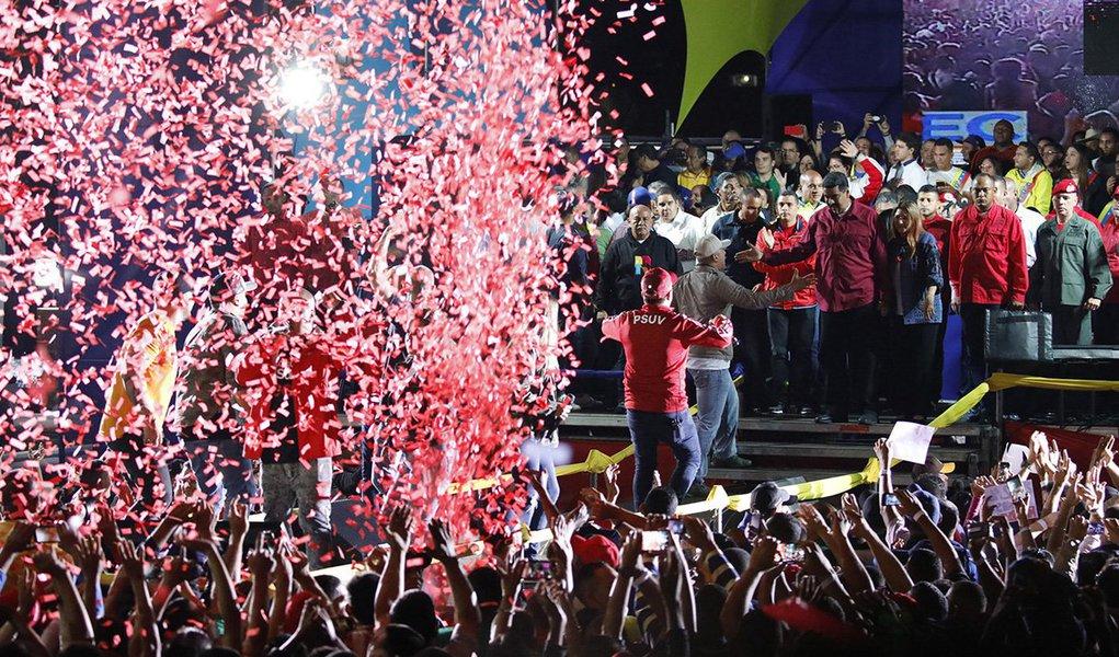 Presidente da Venezuela, Nicolás Maduro, em discurso após conquistar a reeleição 20/05/2018 REUTERS/Carlos Garcia Rawlins