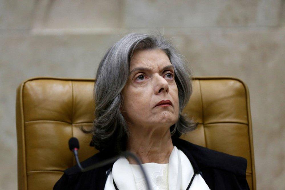 Presidente do STF, Cármen Lúcia, durante sessão da corte em Brasília 01/02/2018 REUTERS/Ueslei Marcelino