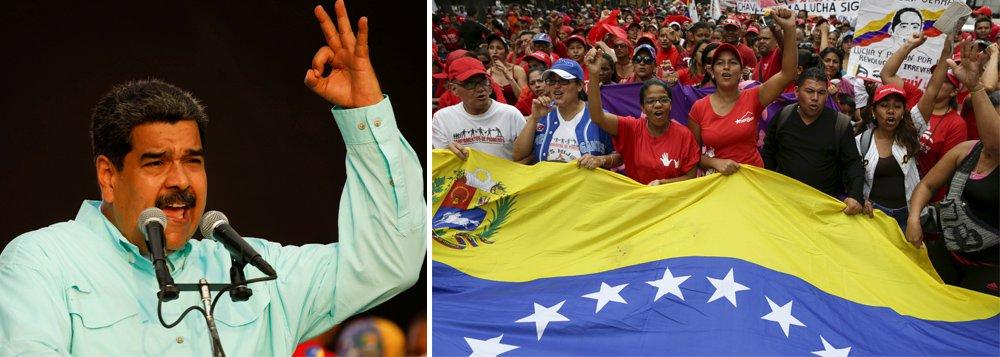 """""""Contra uma oposição divida na busca pelo voto dos descontentes, Maduro dispõe da força política da máquina chavista, que desde as 5 da manhã de hoje mobiliza eleitores para tomar o caminho das urnas,"""" escreve Paulo Moreira Leite, articulista do 247, que se encontra em Caracas para cobrir a campanha presidencial. Em entrevista ao 247, o ministro das Comunas Aristóbulo Istúrtiz diz que """"teremos 14 800 unidades de batalha com mapas eleitorais, lideres, chefes de quadra e chefes de rua para conversar com os eleitores, casa a casa""""."""