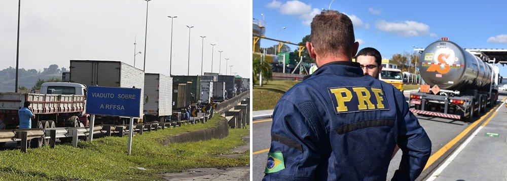 """O Sindicato dos Policiais Rodoviários Federais no Paraná (SINPRF-PR) anunciou nesta sexta-feira, 25, apoio """"ao legítimo movimento"""" desencadeado por caminhoneiros contra os sucessivos e abusivos aumentos de preço dos combustíveis; """"A política de reajustes constantes dos combustíveis, ao passo que prejudica milhões de brasileiros, garante ao mercado econômico lucros crescentes, subvertendo completamente a ordem e o dever do Estado: de garantir equidade e justiça ao seu povo"""", dizem os policiais rodoviários; adesão ocorre no momento em que Michel Temer usa o Exército contra os caminhoneiros"""
