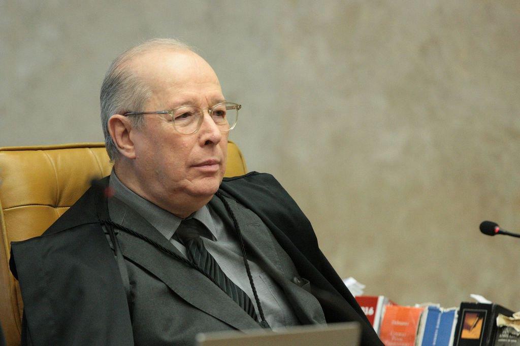 Brasília - Ministro Celso de Mello durante sessão plenário do Supremo Tribunal Federal (STF) para julgamento sobre imunidade de deputados estaduais do Rio (Carlos Moura/SCO/STF)