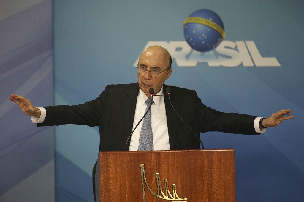 Brasília - Presidente Michel Temer participa da cerimônia de anúncio da Política de Governança Pública Ministros da Fazenda Henrique Meirelles (Fabio Rodrigues Pozzebom/Agência Brasil)